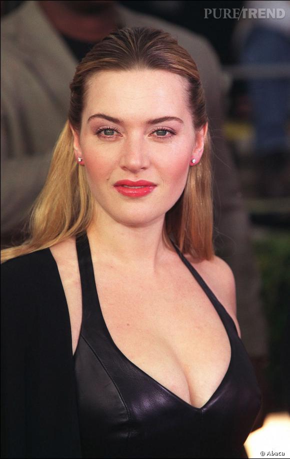 Kate Winslet opte un temps pour les cheveux lissés blond avec racines brunes. L'ancêtre du tie & Dye ?