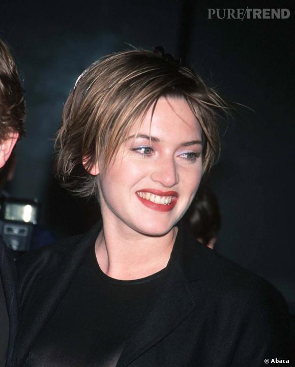 Pour se démarquer de Titanic, Kate Winslet coupe ses cheveux courts.