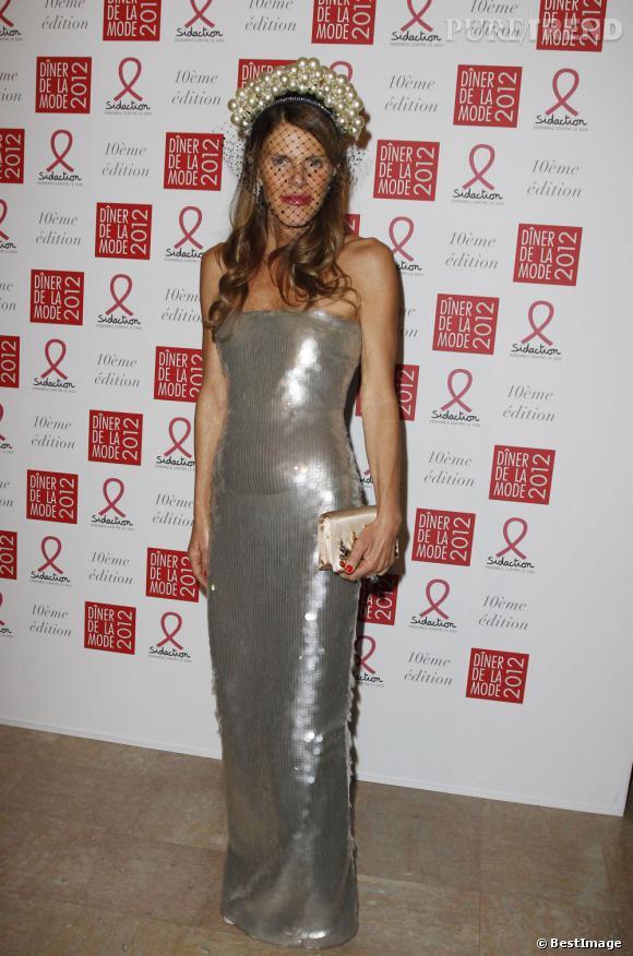 Anna Dello Russo sort ses plus belles écailles pour le Diner de la Mode.