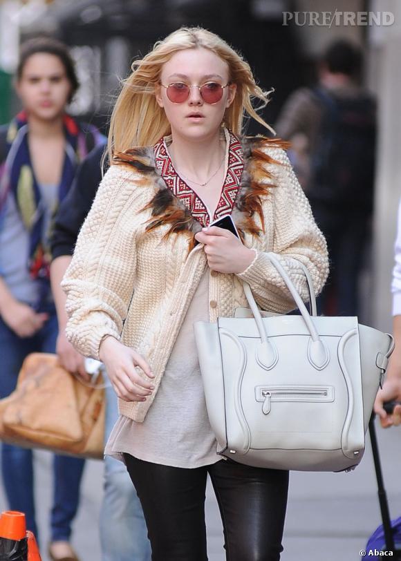 Dakota Fanning dans les rues de New York.