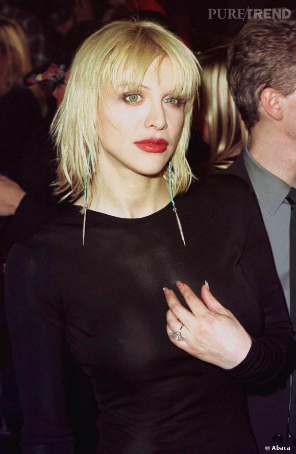 Courtney Love, pionnière de la frange rock dans les 90's.