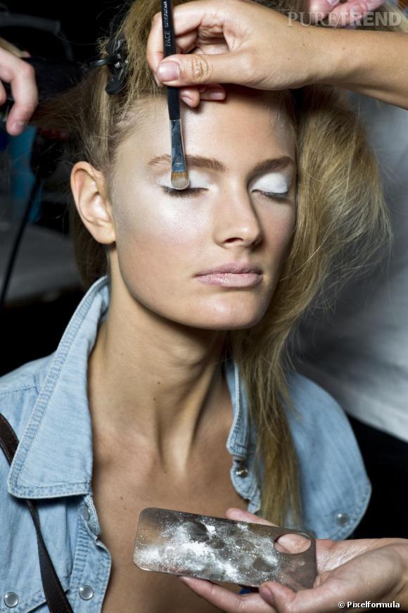 Les pinceaux sont la clé d'un maquillage réussi. Encore faut-il bien les choisir...