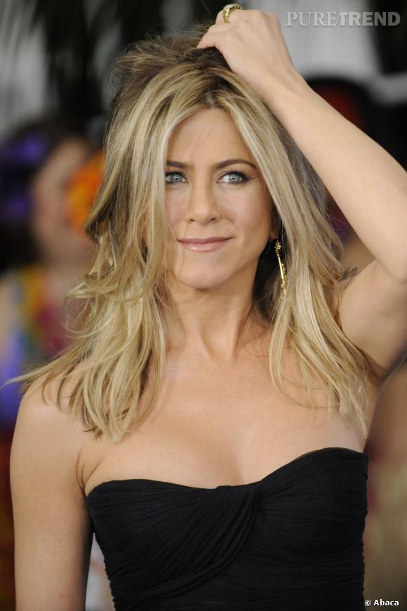 Avec la maturité, Jennifer Aniston a compris l'importance d'un joli make-up nude.