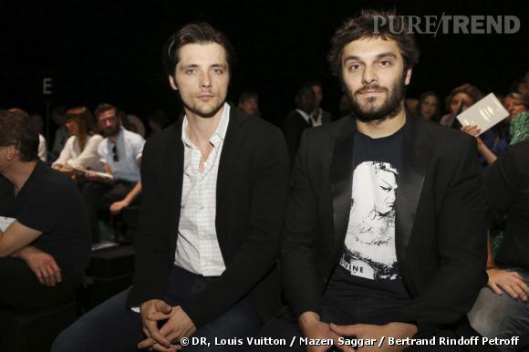 Raphaël Personnaz et Pio Marmaï au défilé Louis Vuitton Homme