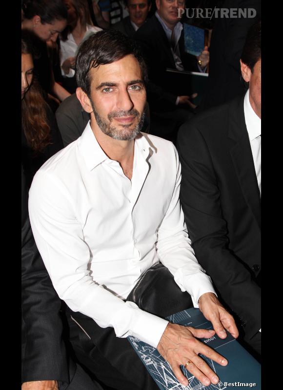 Marc Jacobs au front row du défilé Louis Vuitton Homme Printemps-Eté 2013 eb74ed064312