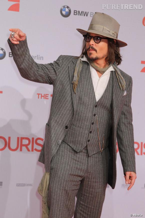 """N°5 (bis) : Johnny Depp.  Incontournable cette année, avec les films """"Rhum Express"""", """"Dark Shadows"""" et un caméo dans """"21 Jump Street"""", l'acteur empoche 30 millions de dollars. De quoi le réconforter de sa rupture avec Vanessa Paradis."""