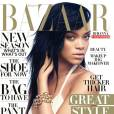Rihanna prend la pose en robe Calvin Klein pour la photographe Camilla Akrans, pour le numéro d'août 2012 du magazine Harper's Bazaar.