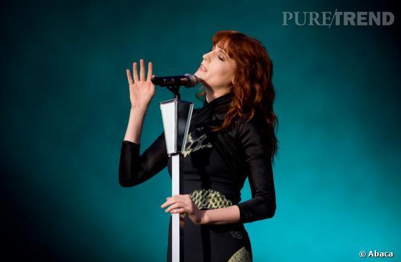 Florence Welch, sculpturale chanteuse à l'univers fantasmagorique.