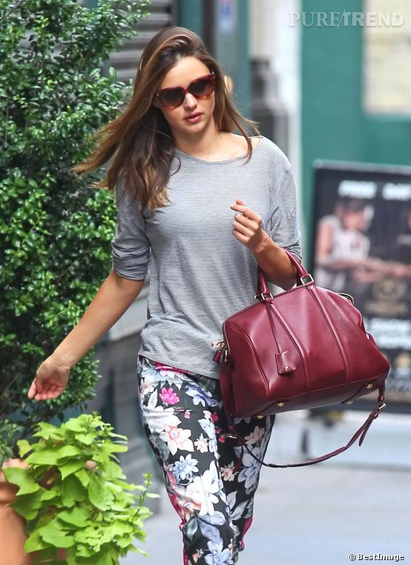 Miranda Kerr joue les gravures de mode à New York.