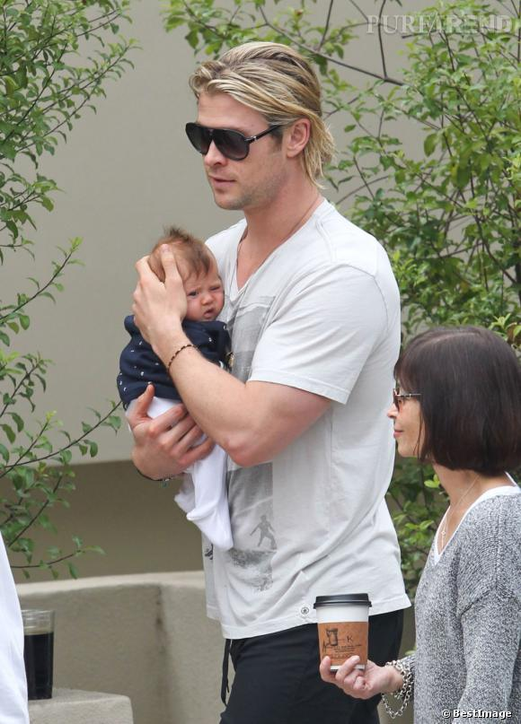 Qui ?  India Hemsworth, la fille de Chris Hemsworth et Elsa Pataky.       Son prénom ?  Si son papa est australien et que sa maman est espagnole, la petite India tient son prénom du pays des maharaja.