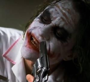 Pour ce rôle, l'acteur s'était mis dans un état psychologique proche de la folie. Il ne verra jamais le résultat l'écran, mais a reçu un prix posthume