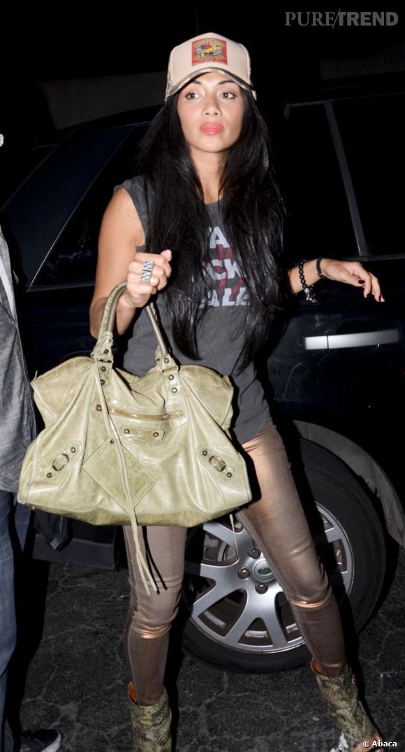 Nicole Scherzinger à la sortie d'un restaurant à Los Angeles.