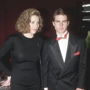 Si on se souvient parfaitement de Nicole Kidman, et maintenant de Katie Holmes, la première femme de Tom Cruise c'est l'actrice Mimi Rogers à l'époque plus connue que lui.
