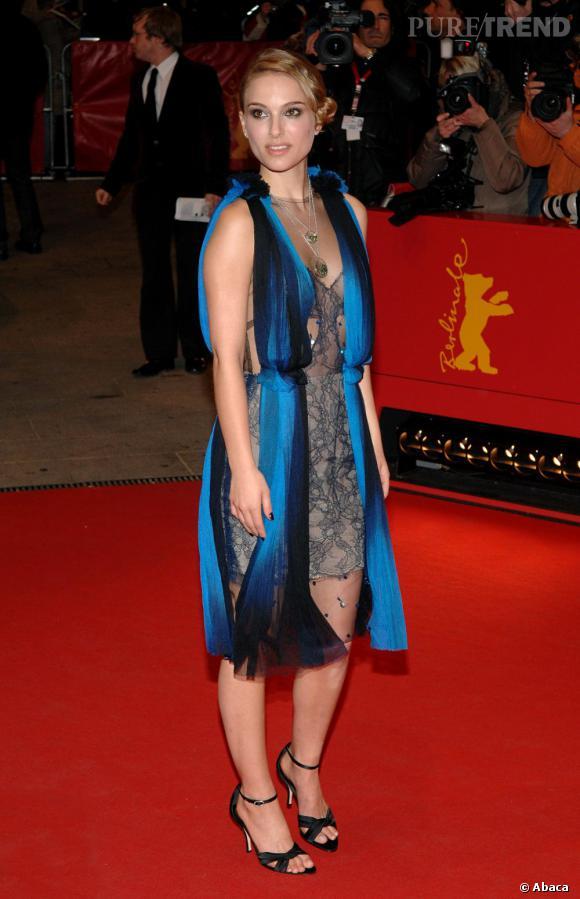 Début 2008, Natalie Portman affiche son amour pour Rodarte comme ici, lors d'un festival en Allemagne.