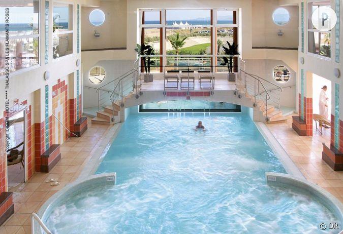 la thalasso poss de 3 piscines et 39 cabines pour recevoir enveloppements douches jet. Black Bedroom Furniture Sets. Home Design Ideas