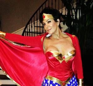 Kris Jenner : la mere Kardashian exhibe ses nouveaux seins et refuse de vieillir !