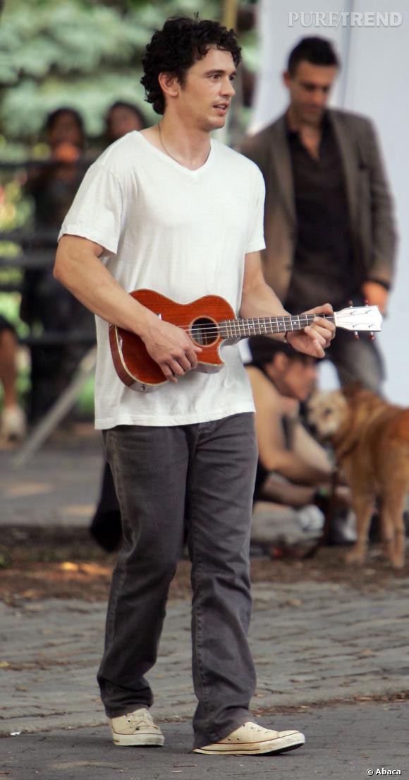 Acteur hollywoodien très arty sur les bords, James séduira-t-il Kristen ?