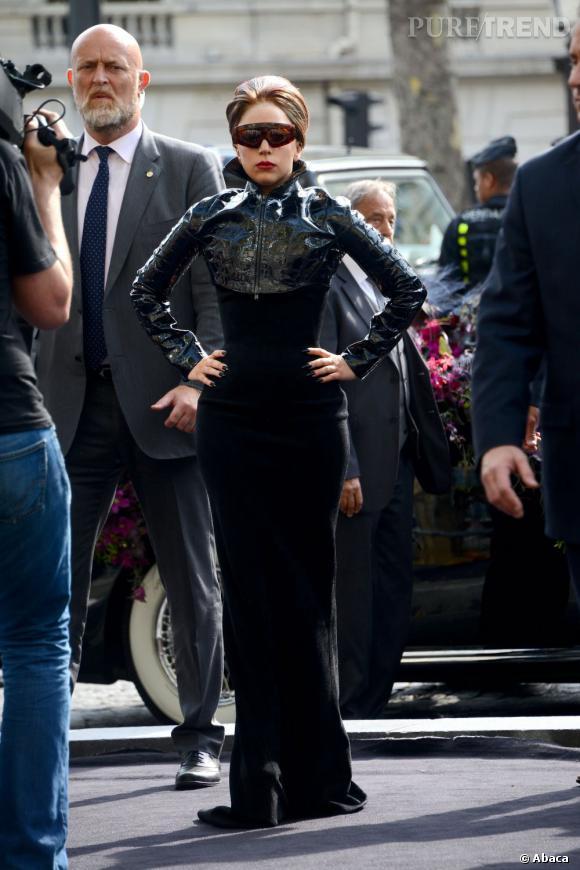 Certains fans étaient là depuis l'aube pour être au premier rang... Ils auront au moins vu passer la Gaga...