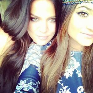 Khloe Kardashian (à gauche) : la soeur à connaitre.