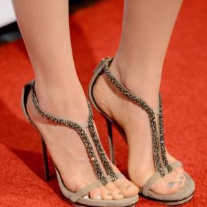 Les sandales beiges de Bella Heathcote.
