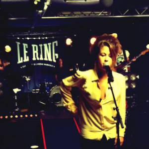 Selah Sue lors de l'enregistrement de l'émission Le Ring.