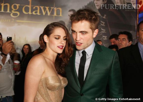 Kristen Stewart et Robert Pattinson, un couple complice sur tapis rouge.