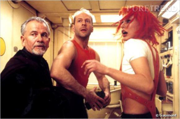 """Dans """"Le Cinquième Elément"""" de Luc Besson, on découvre Milla Jovovich coiffée d'une chevelure rouge devenue célèbre."""