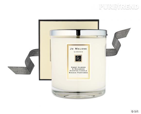 Une bougie parfumée pour Noël !       Bougie Sweet Almond & Macaroon, Jo Malone, 50 €