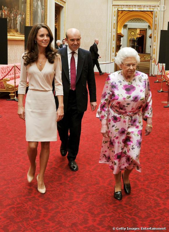 Kate Middleton aurait-elle de l'influence à Buckingham Palace ? Bientôt un défilé de mode au palais !