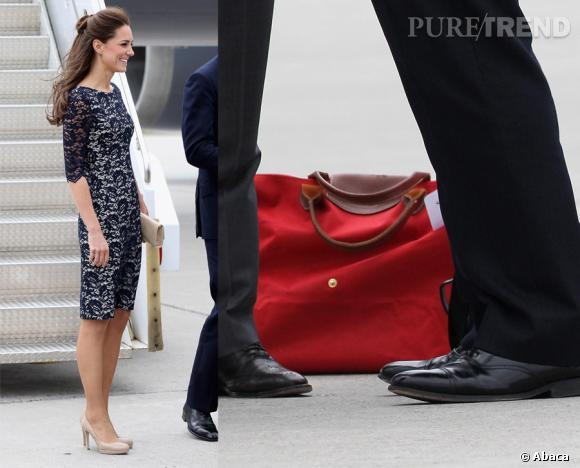 Même lz Duchesse de Cambridge Kate Middleton affectionne toujours le Pliage de Longchamp et n'hésite pas à opter pour la version voyage lors de ses déplacements officiels.