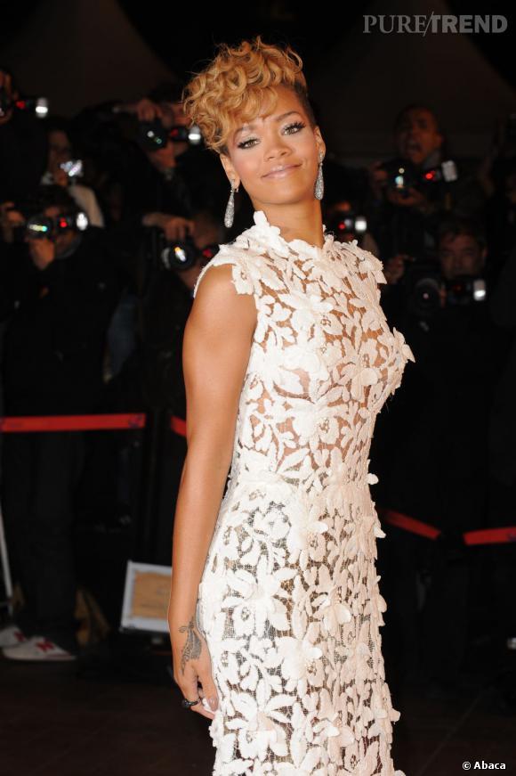 """Rihanna est nominée dans la catégorie """"Artiste internationale féminine de l'année"""" et """"Clip de l'année"""" et """"Chanson internationale de l'année""""."""