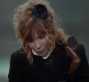 """Le nouveau clip """"Je te dis tout"""" de Mylène Farmer."""