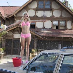 "Anna Faris dans ""Super Blonde""."
