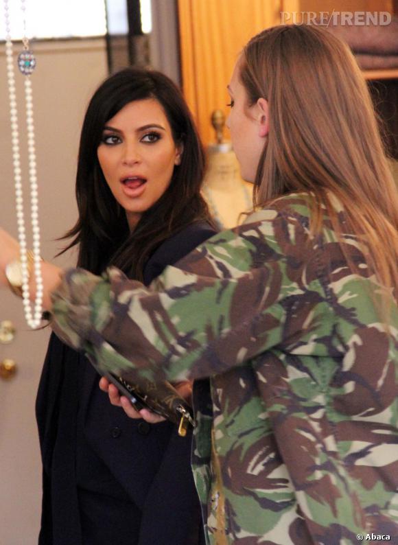 Kim Kardashian fait encore scandale à cause d'une photo de revolver...