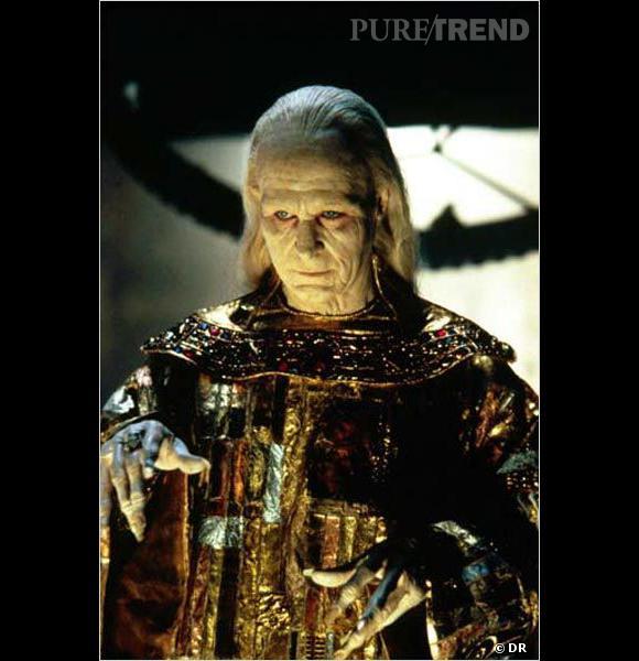 """Qui est-ce ?  Gary Oldman dans """"Dracula""""."""