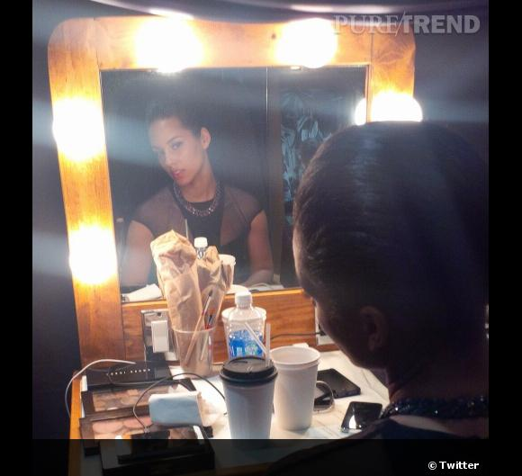 Les coulisses beauté des Grammy Awards 2013 sur Twitter    Alicia Keys en coulisses.