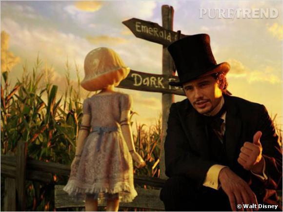 Le top look de tournage 2013  : On lui préfère l'allure de magicien dans Le monde fantastique d'Oz, même avec le chapeau.