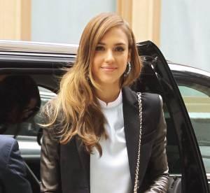 Jessica Alba, it-girl en noir et blanc a New York... A shopper !