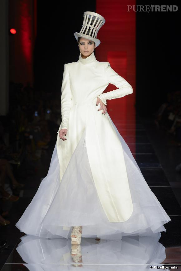 Défilé Automne-Hiver 2012/2013 Jean Paul Gaultier. L'une des robes qu'a porté la chanteuse chinoise Chris Lee pour sa tournée.