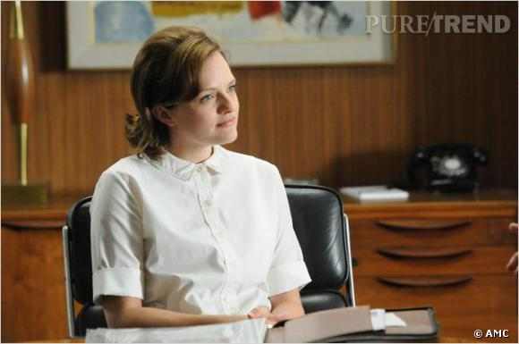 L'ambitieuse Peggy Olson (Elisabeth Moss) a la fâcheuse manie de bacler son trait d'eyeliner.