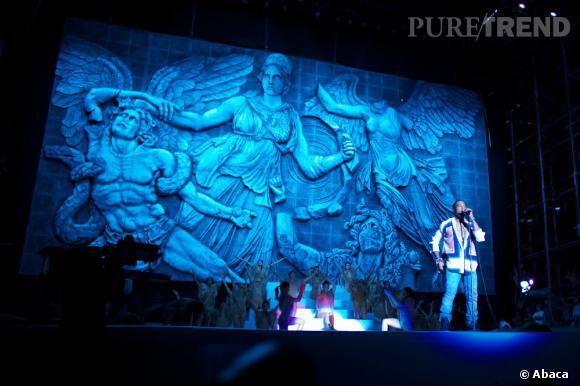 Kanye West offre un show spectaculaire aux festivaliers en 2011.