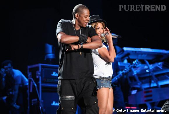 """Tête d'affiche de l'édition 2010, Jay-Z invite Beyoncé pour un duo sur """"Forever Young""""."""