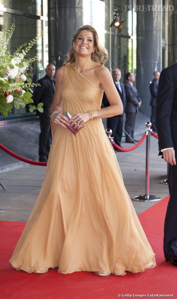 La reine Maxima des Pays Bas c'est aussi le glamour sur tapis rouge.