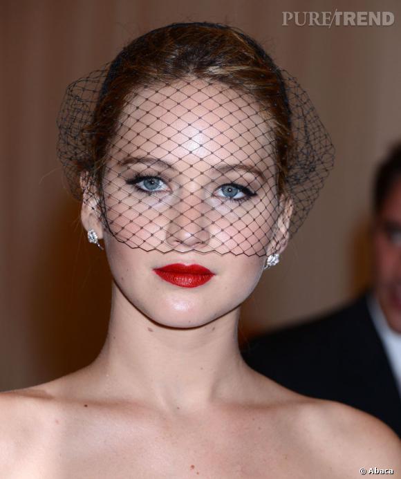Jennifer Lawrence Davantage Jeune Fille En Fleur Que Punkette Avec