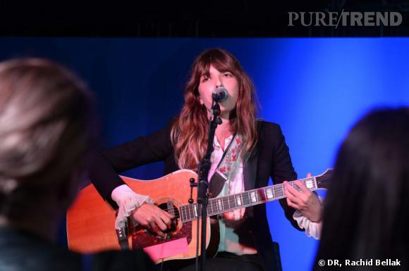 Lou Doillon en concert privé au Carré Bleu Grey Goose, le jeudi 16 mai.