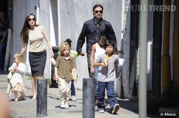 Angelina Jolie souhaite montrer à ses enfants ce qui leur a arraché leur grand-mère bien aimée.