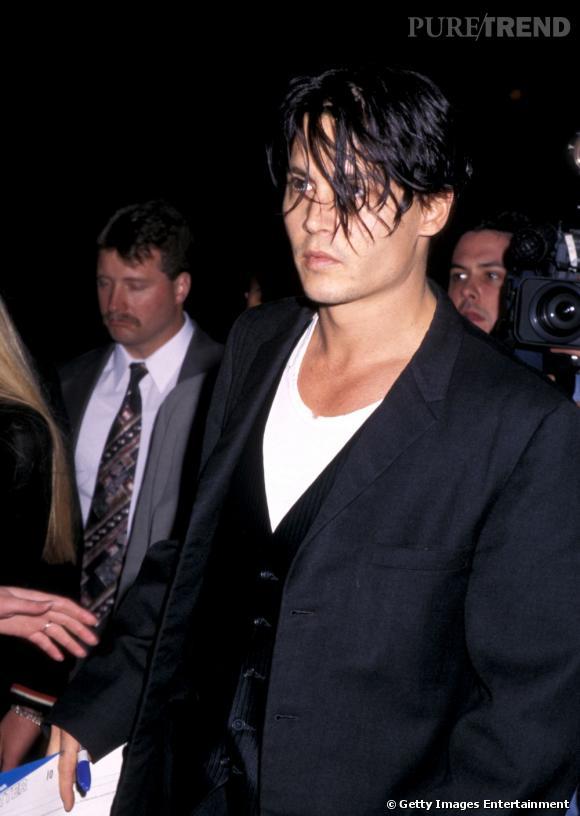 Johnny Depp, rebelle et sexy en 1996.
