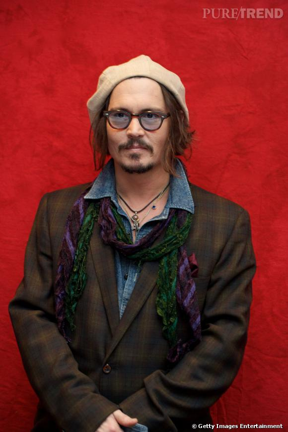 Johnny Depp et un look so arty en 2010.