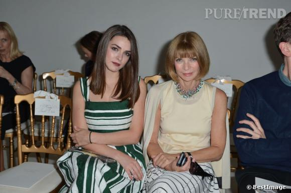 Bee Shaffer et Anna Wintour au défilé Giambattista Valli à Paris.