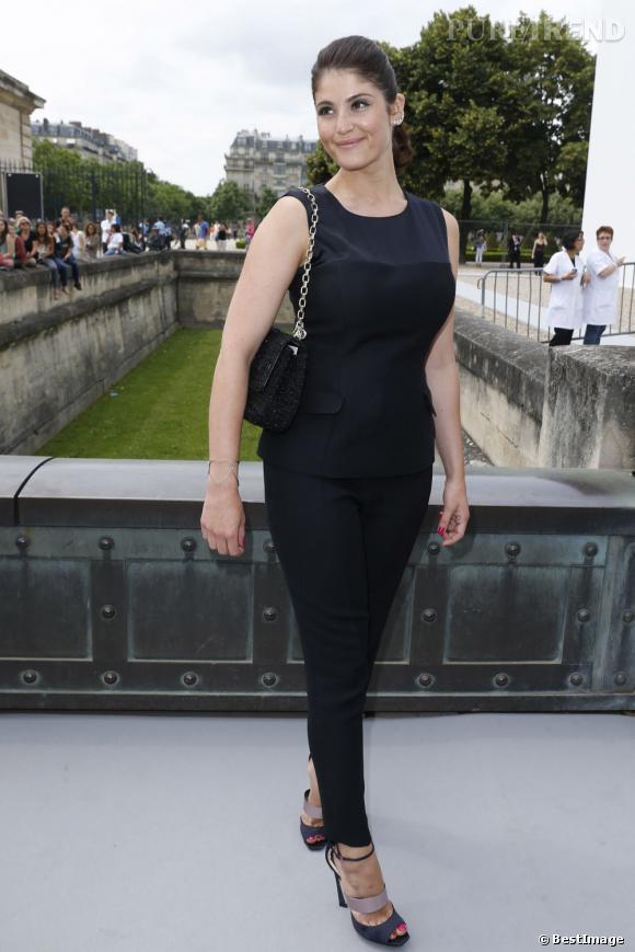 Gemma Arterton au défilé Christian Dior à Paris.